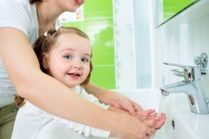 Регулярное мытье рук